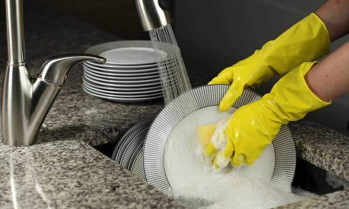 Quelle consommation d 39 eau pour un lave vaisselle electroguide - Combien consomme d eau une machine a laver ...