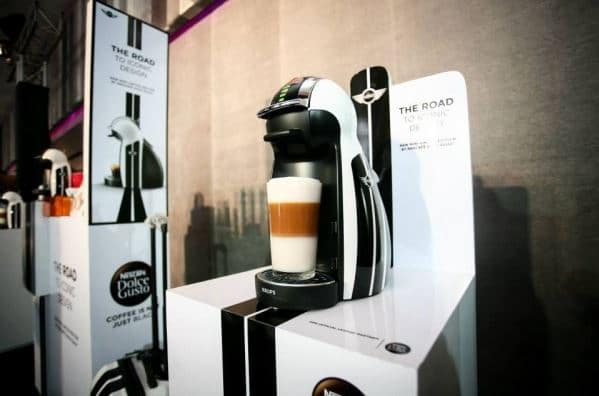cafeti re dolce gusto genio by krups mini electroguide. Black Bedroom Furniture Sets. Home Design Ideas